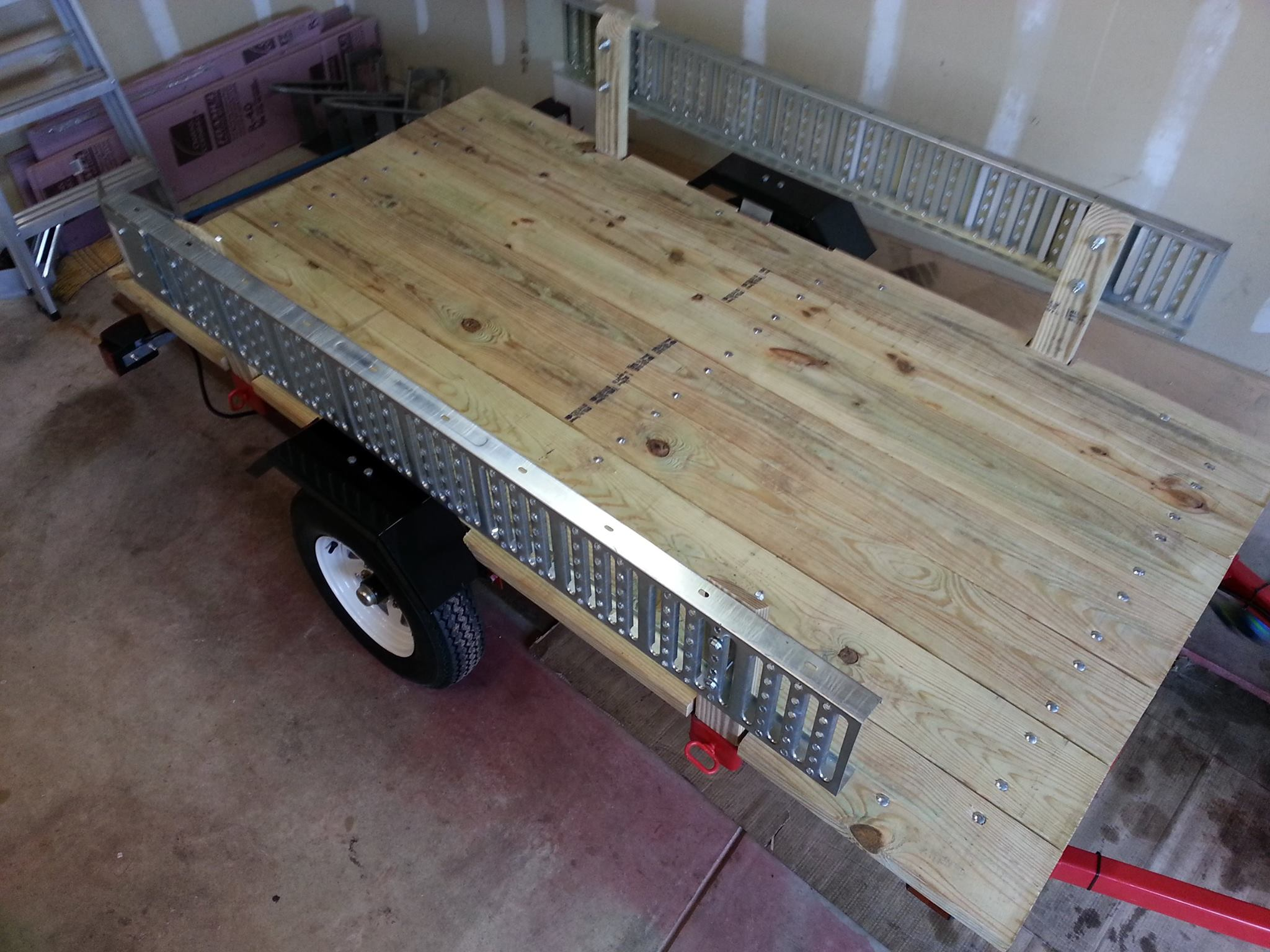 ZX6R Forum - My Harbor Freight 4X8 utility trailer build out
